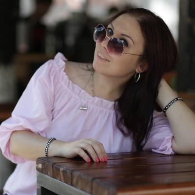 Елена Тонова