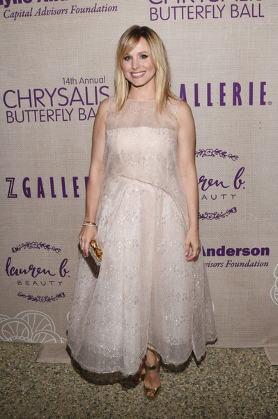 Кристен Белл в белом