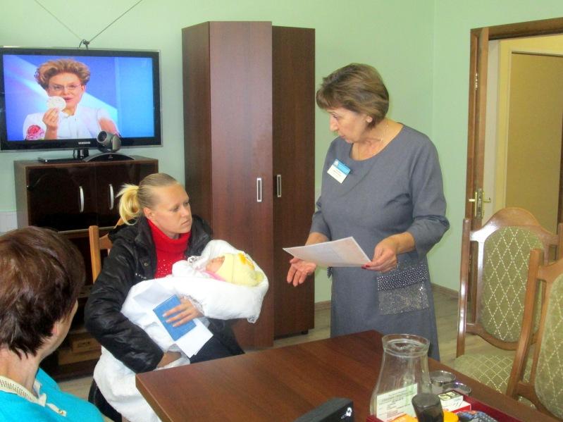В Зеленчукском районе вручили сертификаты на МСК