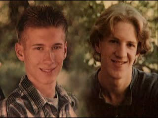 Eric Harris and Dylan Klebold \ Эрик Харрис и Дилан Клиболд.