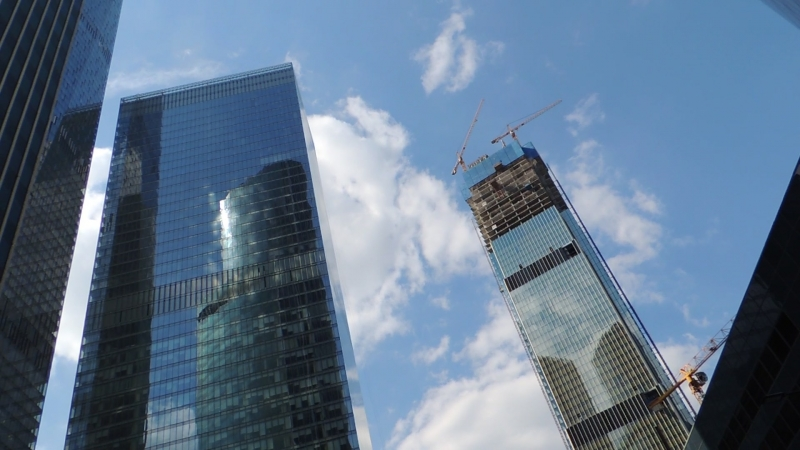 Москва Сити вид снизу