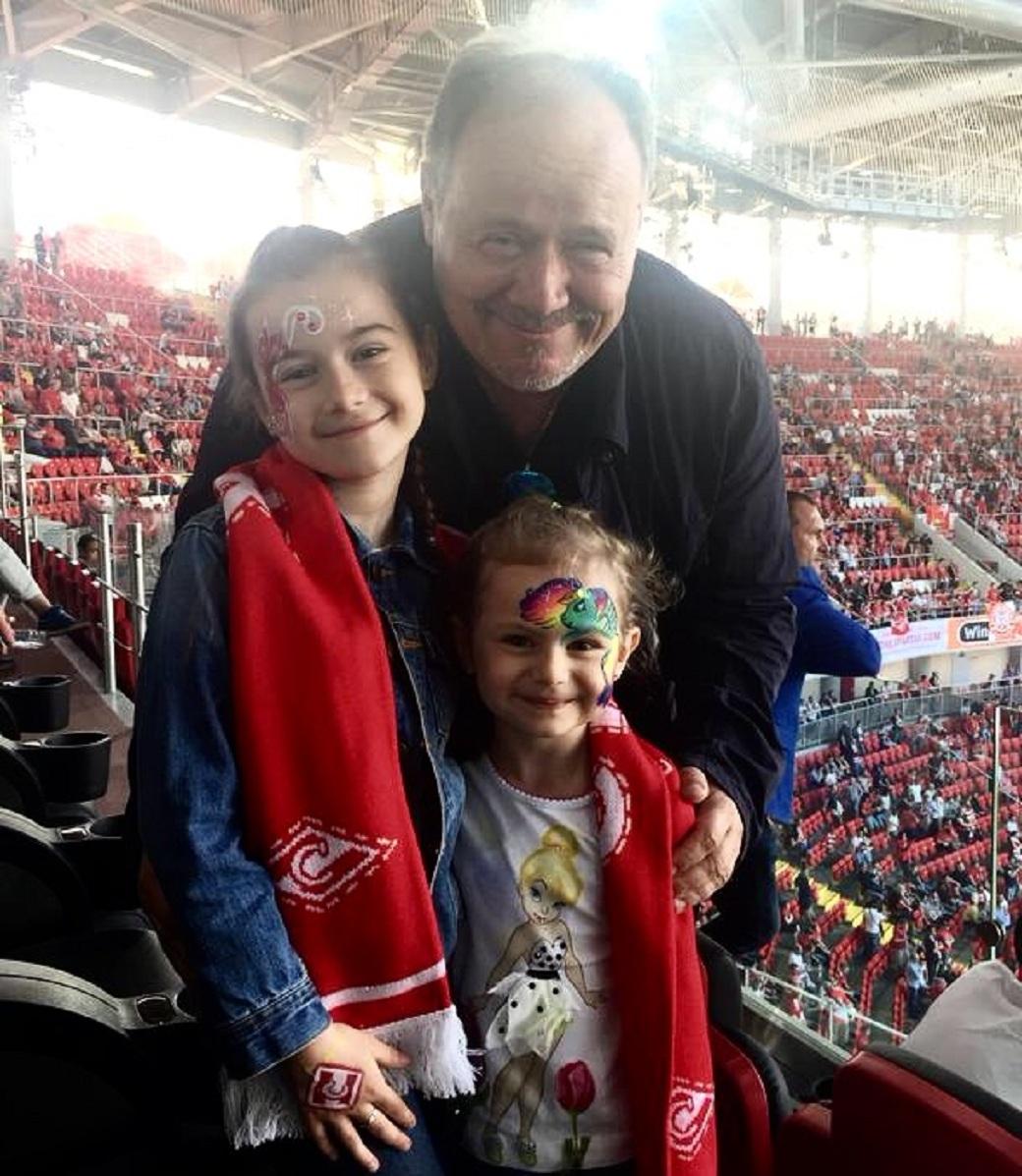 Алексей Маклаков с детьим