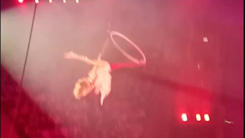 Воздушная гимнастка Кировский цирк 05 01 2019 Новогодняя программа