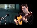 Ты умеешь играть на гитаре Посмотри это Играет Гриша Горячев