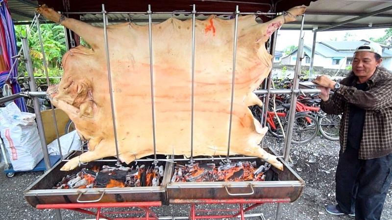 TAIWANESE BBQ - HUGE Aboriginal Pig Roast STREET FOOD in Taiwan | Taiwanese Street Food in Hualien
