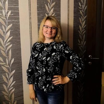 Катя Лесунова