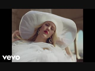 Ellie Goulding feat. Diplo & Swae Lee - Close To Me (Official Video)