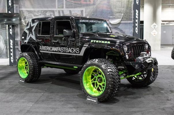 Джипы Лос-Анджелеса Самые экстремальные переделки WranglerЗнаете, что общего у культовых Jeep Wrangler и мотоциклов Harley-Davidson И те, и другие почти не встречаются в стандартном заводском