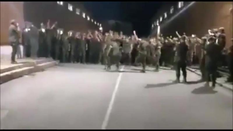Ceuta - Spanische Soldaten rebellieren in Kaserne, da sie sich nicht selber und die Grenze mit Waffen verteidigen dürfen