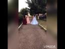 красотки в платьях