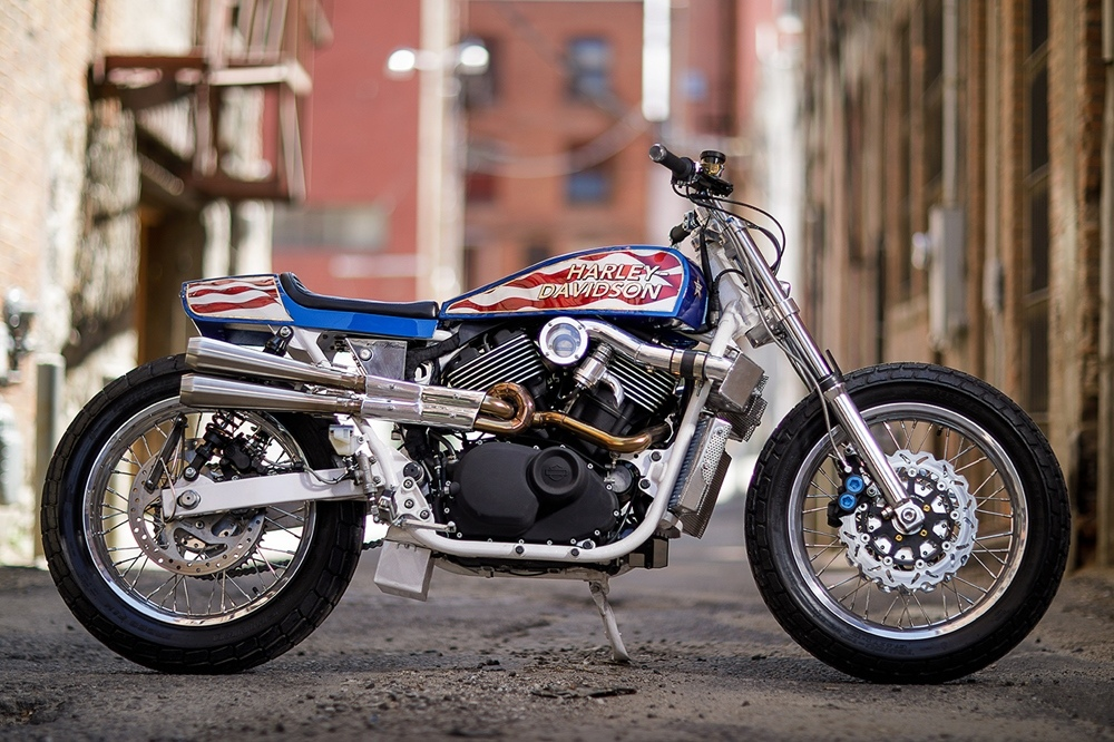 Number 8 Wire Motorcycles: заряженный кастом Harley-Davidson Street 750 Evel Knievel Tribute