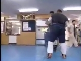 Kenji Yamaki vs Norichika Tsukamoto Kyokushin Sparring.mp4