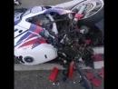 Сегодня в районе Баскет-холл. Сообщают, что мотоциклист жив.