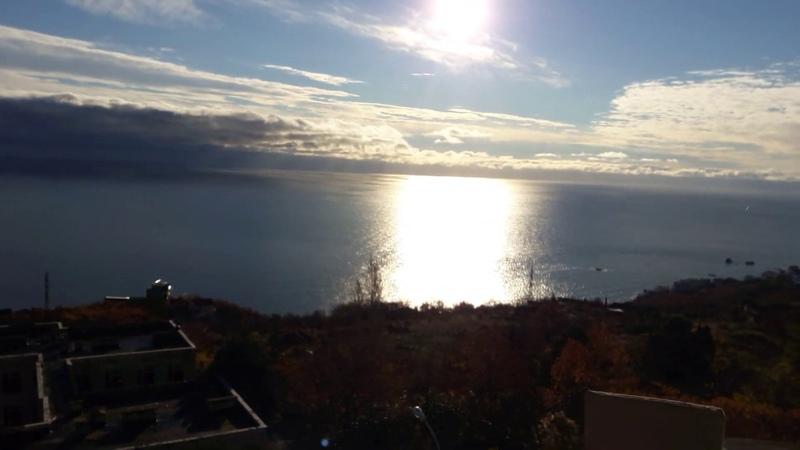 Алушта с. Малый Маяк продажа . кв.31 метр кв. с панорамным видом на море.7 978 738-60-39 Звонить.