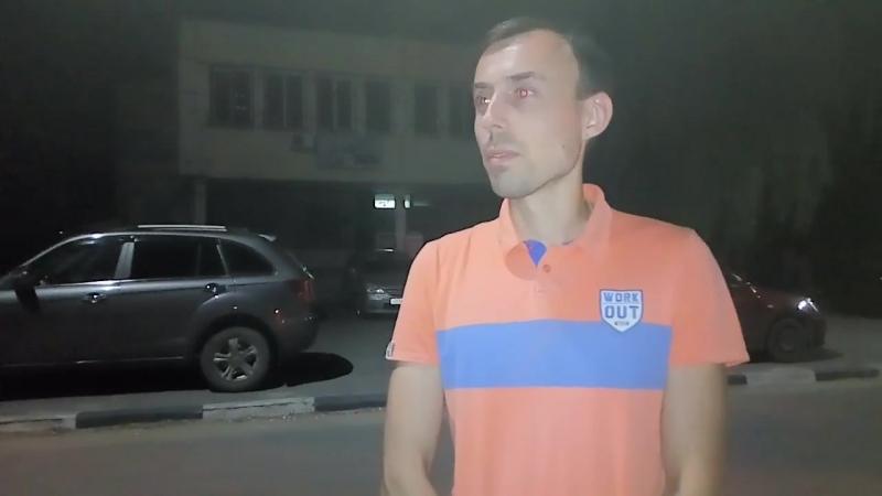 Воронежцы дежурят по ночам у дверей отдела по вопросам миграции Коминтерновского района
