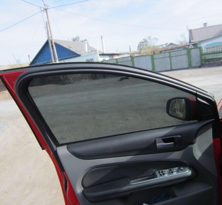 Продам каркасные шторки на форд фокус 2