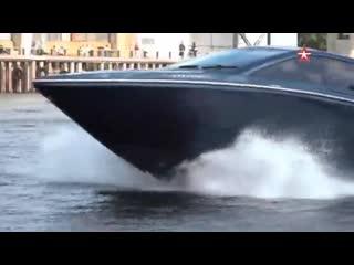 Катер «Сагарис» показали на военно-морском салоне в Петербурге видео