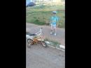 Дима научился кататься на велосипеде)