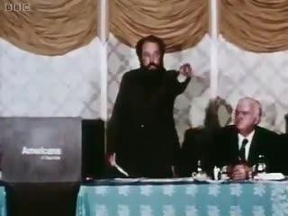 Солженицын призывает бомбить СССР (ВИДЕО)