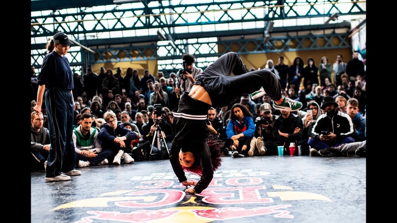 Red Bull BC One Cypher France 2019 | Final B-Girls: Sarah Bee vs. L'abeille