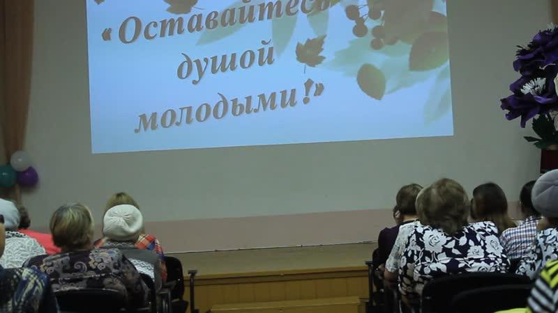 26.10.2018г. Русский танец,исполняет Алина Докучаева 7А класс