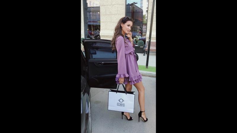 Платье с двойной юбкой и рюшами