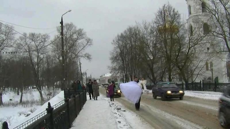 Ю. Бойкова кружил для нас январский снег...