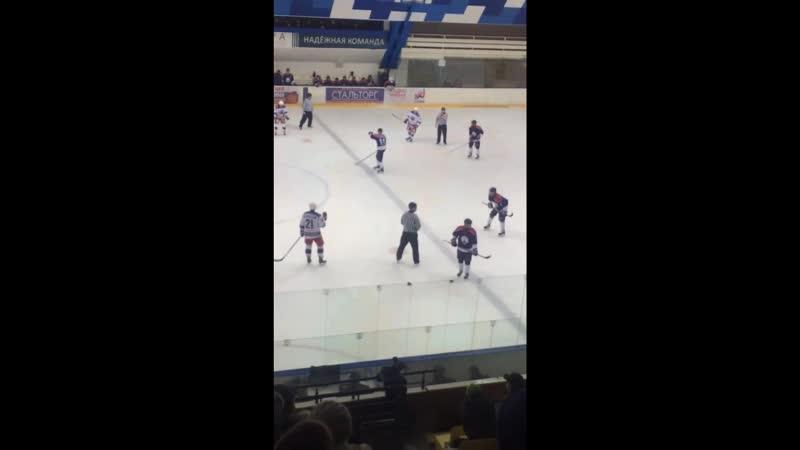 Липецк Победил по хоккею у Новомосковской команды 2-1