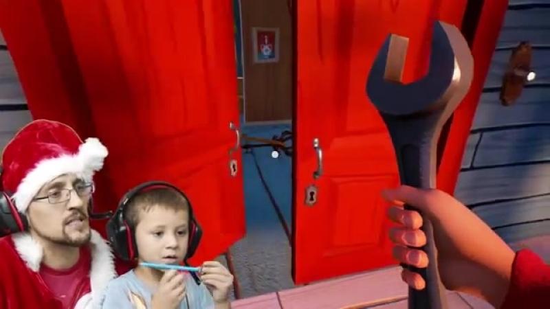 Санта-Клаус грабит своего спящего соседа и входит в его подвал!