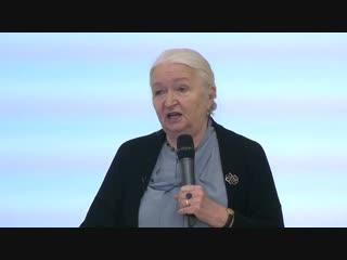 Лекция Т. В. Черниговской для победителей и призеров Олимпиады школьников СПбГУ