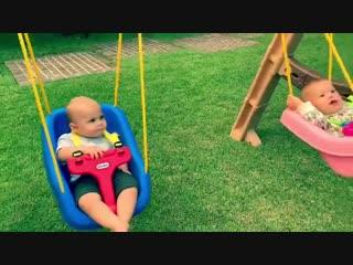 Энрике Иглесиас опубликовал трогательное видео с близнецами от Анны Курниковой