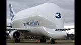 Взлет Airbus A300 600ST Beluga - железный дирижабль!