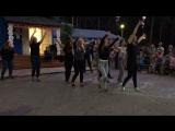 Танец воспитателей и вожатых