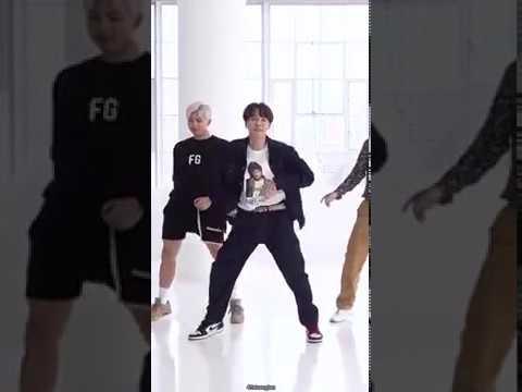 BTS -- DANCE PRACTICE Boy With Luv JHOPE Focus
