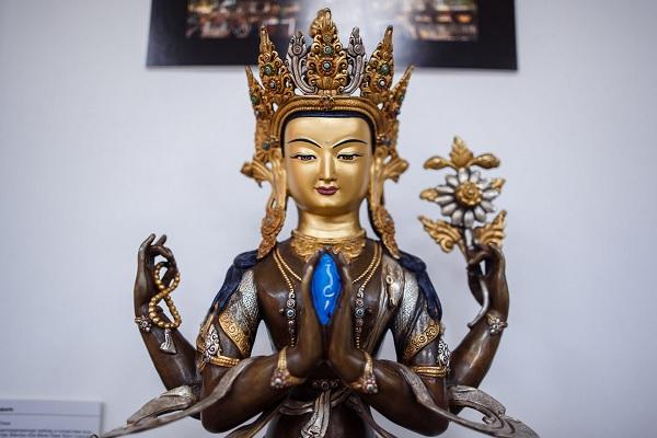 Фестиваль буддийского искусства и культуры. Подождите загрузки картинки!