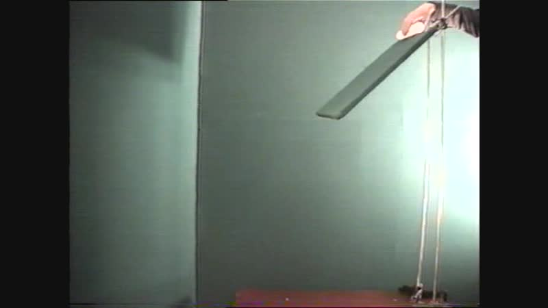 9025 Скатывание цилиндра (эффект Магнуса)