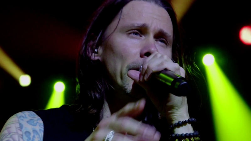 Slash ft Myles Kennedy The Conspirators - Mind Your Manners Official Music Video