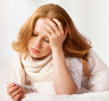 Лихорадка может быть симптомом гастроэнтерита.