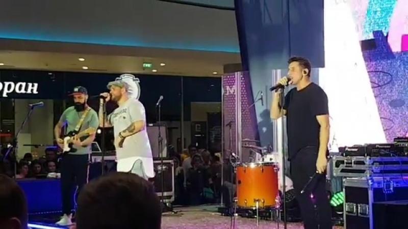 Градусы - Выходи за меня (13/10/2018, Москва, ТРЦ Океания)