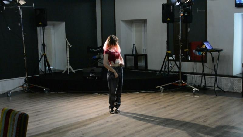 Hyorin - соло (MOMOLAND (모모랜드) _ BBoom BBoom (뿜뿜)) K-POP COVER DANCE