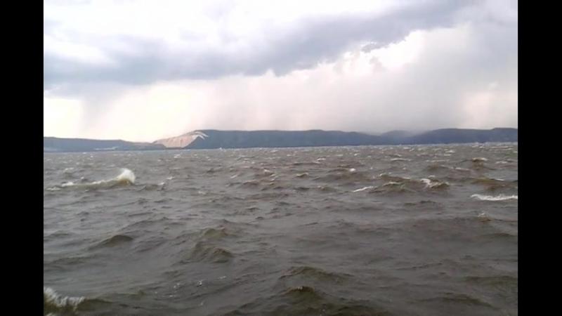Штормовой ветер на Волге возле яхт клуба Химик 20 07 18