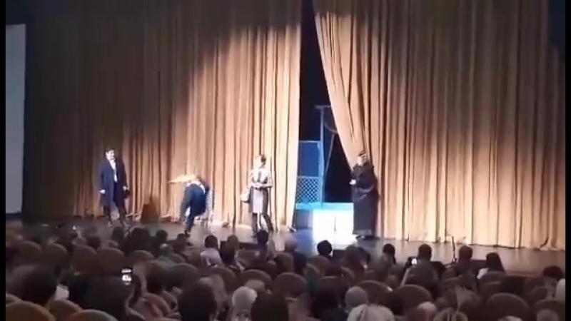 Народная артистка РФ Мария Аронова и другие актеры спектакля Маленькие комедии о