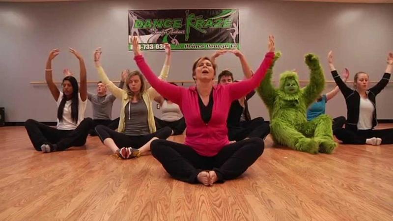 The Grinch Tries Yoga