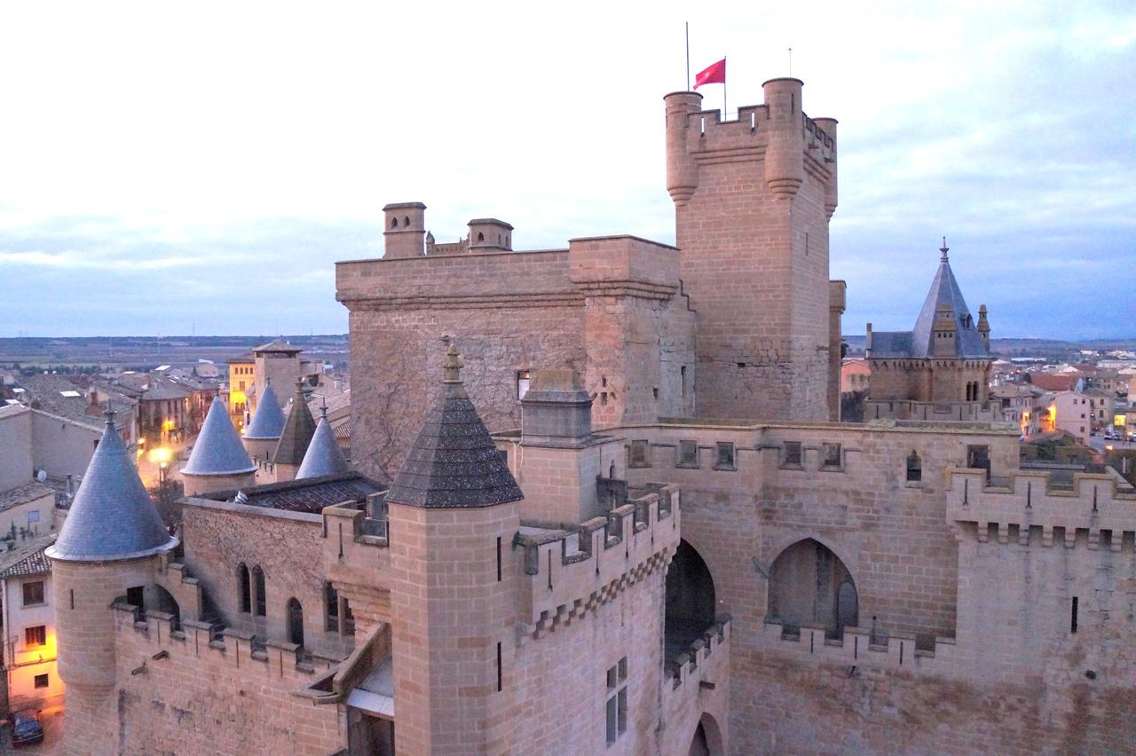 Королевский замок Олите в Испании