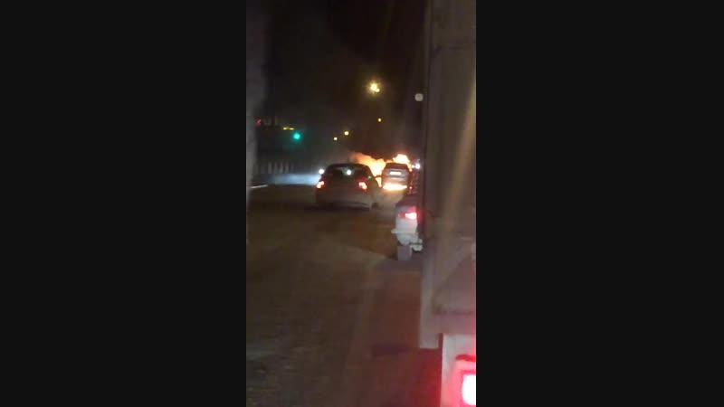 На Шефской сгорел Chevrolet Lanos