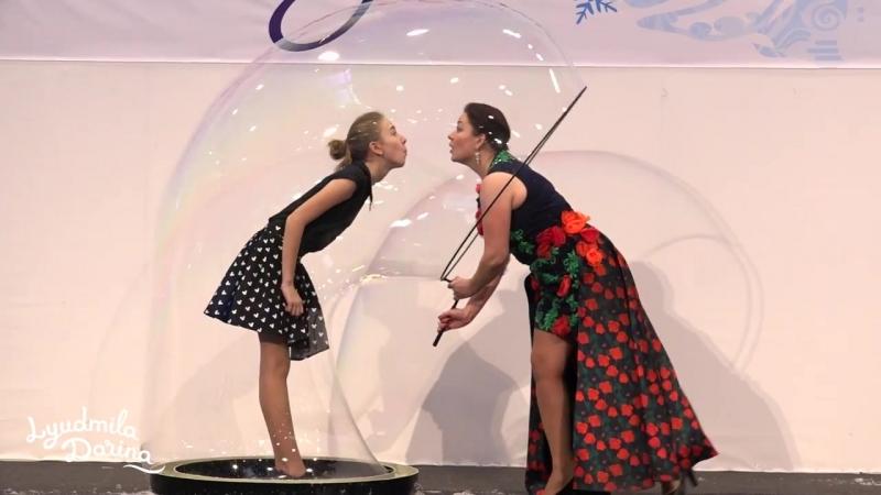Мировой рекорд самый высокий мыльный пузырь Людмила Дарьина