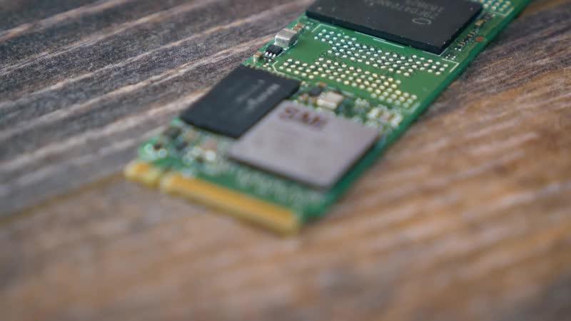 Самый дешевый NVME на 1 Тб против дорогого NVME и SATA SSD - чем хуже_⁄лучше؟