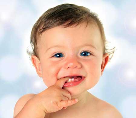 Некоторые пустышки сделаны специально для детей, которые прорезают зубы.