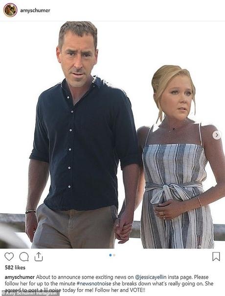 эми шумер беременна комедийная актриса эми шумер и ее супруг, шеф-повар и владелец ресторана beach plum крис фишер, впервые станут родителями. о своей беременности эми сообщила в instagram.