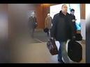 Плотницкий «засветился» в аэропорту с багажом. Кадры прибытия Плотницкого в Москву.